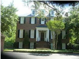 640 Pitt Street Mount Pleasant, SC 29464
