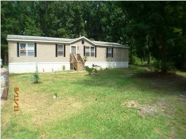 284  Finlay Lane Cottageville, SC 29435