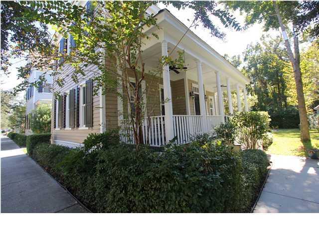 54 Sowell Street Mount Pleasant, SC 29464