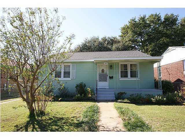3851  Hottinger Avenue North Charleston, SC 29405