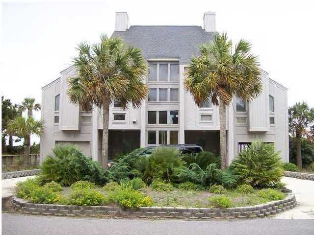 14 Beachwood Isle Of Palms, SC 29451
