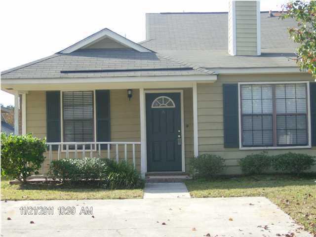 411  Erskine Street Ladson, SC 29456