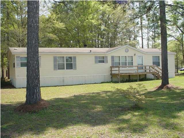 1642  Poplar Hill Drive Cross, SC 29436