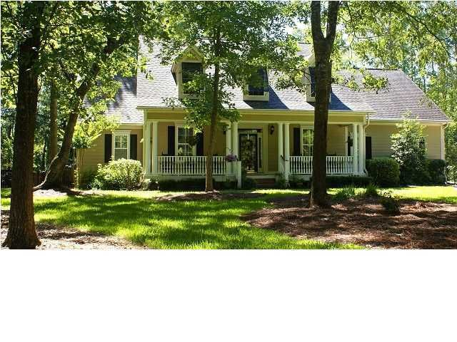 1859  Cherokee Rose Circle Mount Pleasant, SC 29466