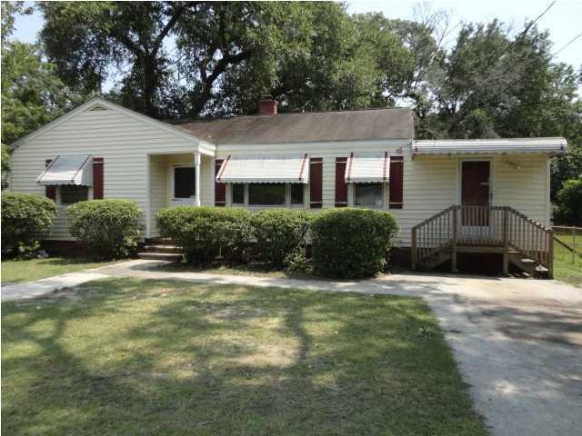 1333  Bexley Street North Charleston, SC 29405