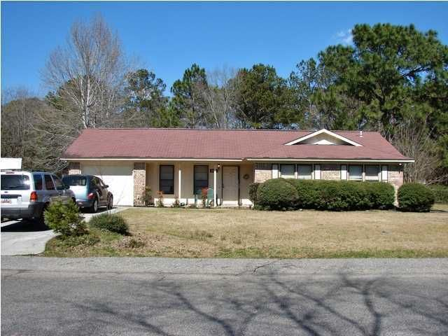 113  Longleaf Road Summerville, SC 29483
