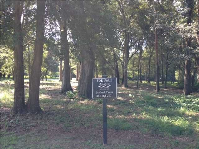 147 Cape May Lane Mount Pleasant, SC 29464