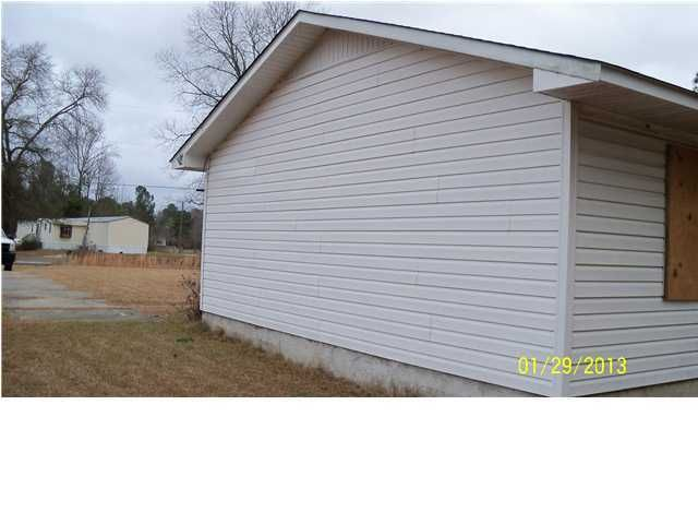 165  Catamont Drive Holly Hill, SC 29059