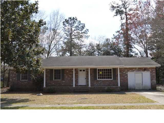 104  Farmhill Drive Summerville, SC 29483