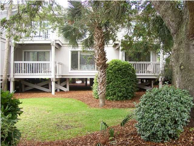 11  Lagoon Villa Isle Of Palms, SC 29451