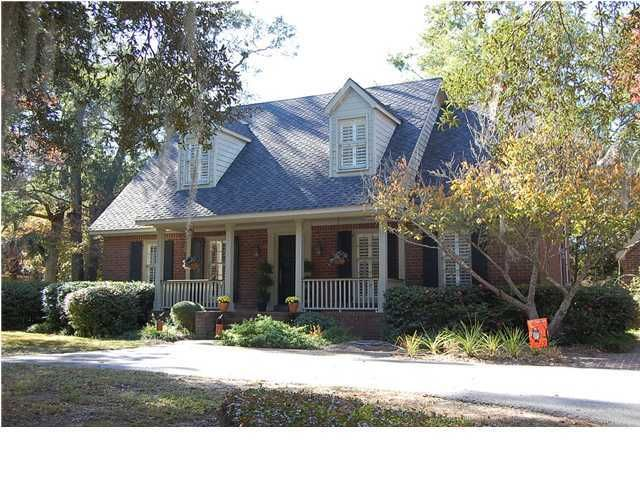 689 Wildwood Road Charleston, SC 29412