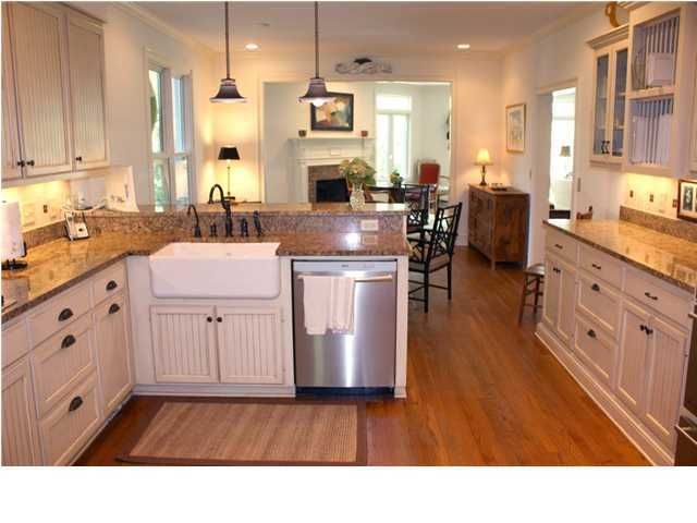 670  Hobcaw Bluff Drive Mount Pleasant, SC 29464