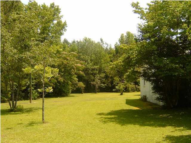 1162  Harristown Road Bonneau, SC 29431