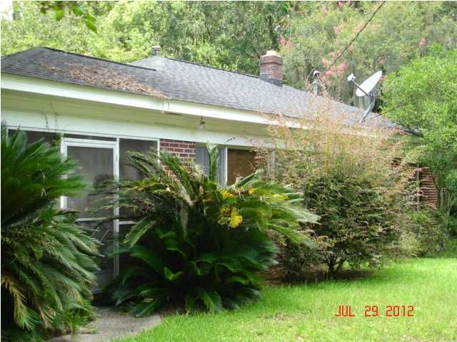 303  Wappoo Road Charleston, SC 29407