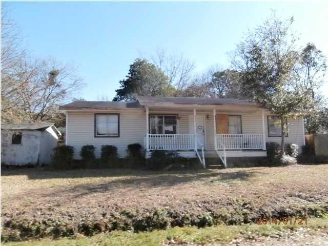 1240  Camellia Road Charleston, SC 29407