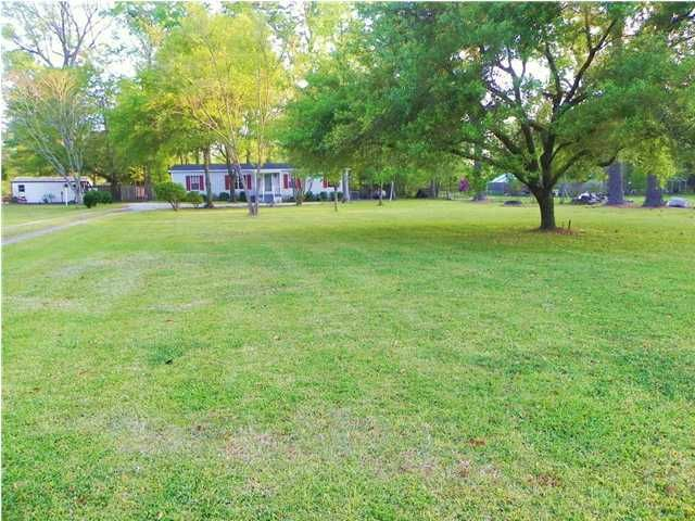 405  Twin Lakes Drive Summerville, SC 29483