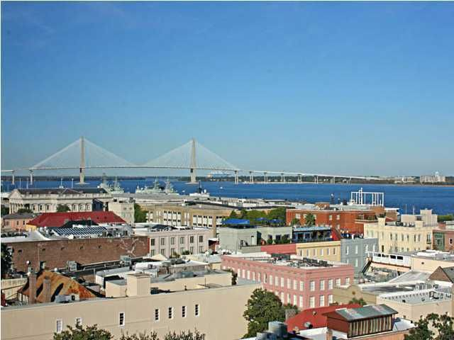 18 Broad Street Charleston, SC 29401