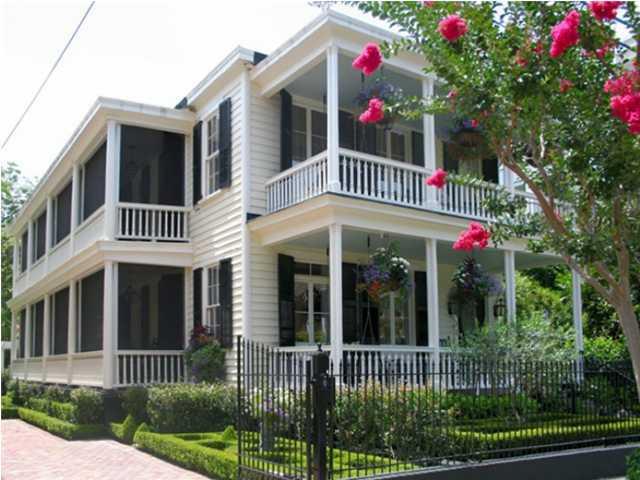 65 Legare Street Charleston, SC 29401