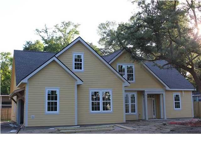 747 Eagle Street Mount Pleasant, SC 29464