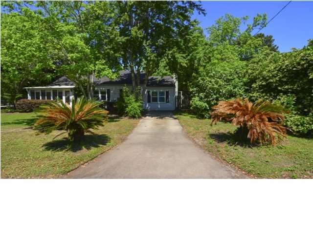 546 Klein Street Mount Pleasant, SC 29464