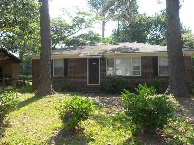 512  Hansford Drive Goose Creek, SC 29445