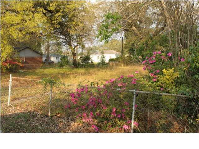 4844  Sanders Avenue North Charleston, SC 29405