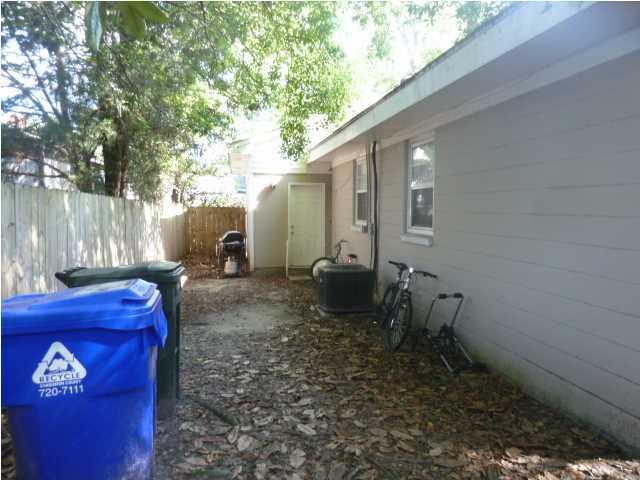 1305  Hester Street Charleston, SC 29403