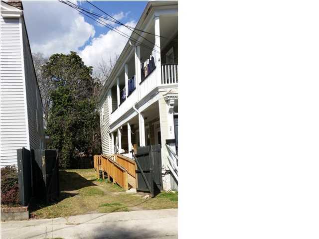 26  Ashton Street Charleston, SC 29403