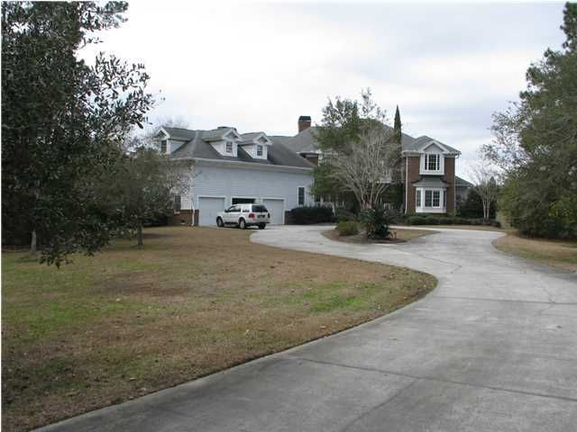 3174  Pignatelli Crescent Mount Pleasant, SC 29466