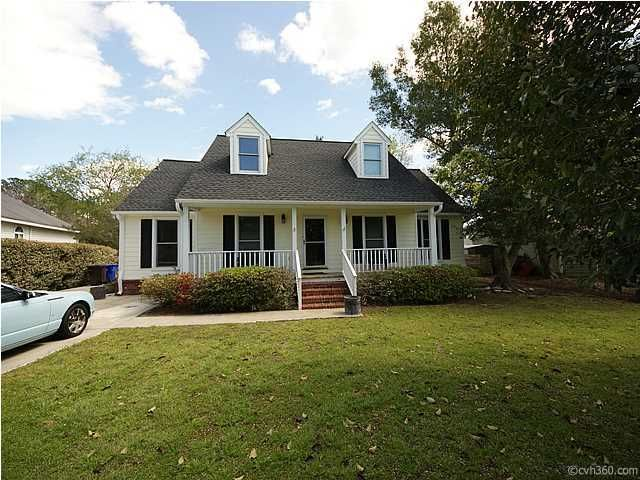 678  Williamson Drive Mount Pleasant, SC 29464
