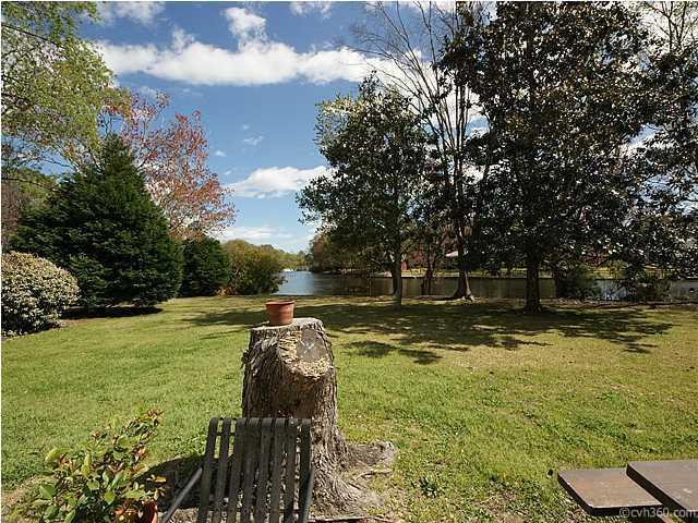 678  Williamson Drive Mount Pleasant, SC 29464