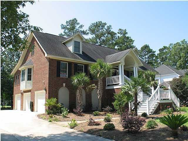4272 Persimmon Woods Drive North Charleston, SC 29420