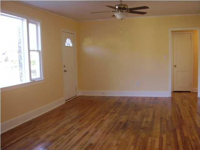 1327  Bexley Street North Charleston, SC 29405