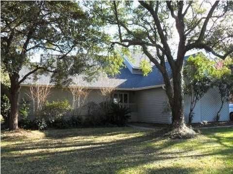 1427  Harwick Road Mount Pleasant, SC 29464