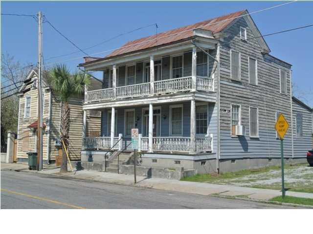 64  Columbus Street Charleston, SC 29403