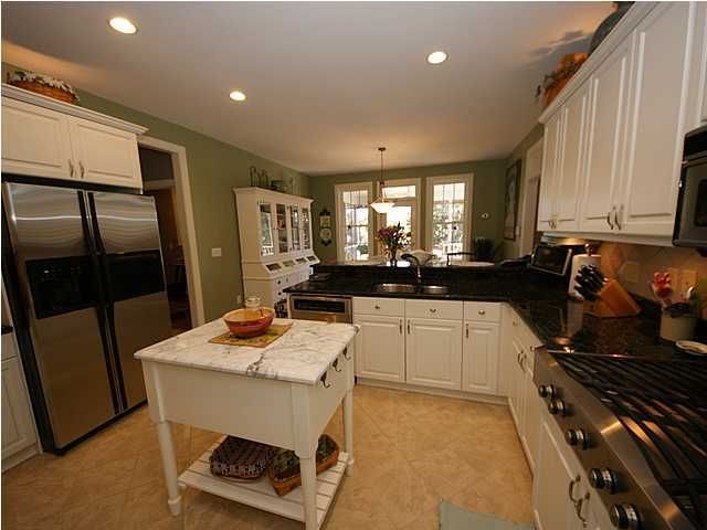 2049  Shell Ring Circle Mount Pleasant, SC 29466