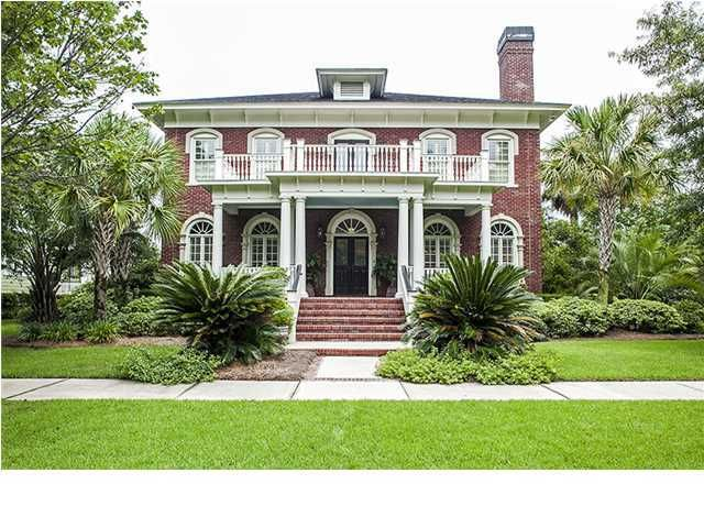 58 Woodford Street Charleston, SC 29492