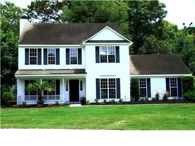 1227  Center Lake Drive Mount Pleasant, SC 29464