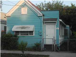 31  Nunan Street Charleston, SC 29403