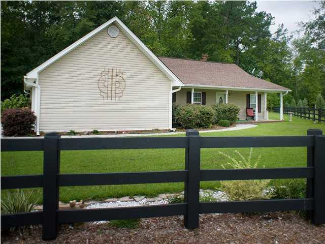 139 Hidden Creek Lane Bonneau, SC 29431