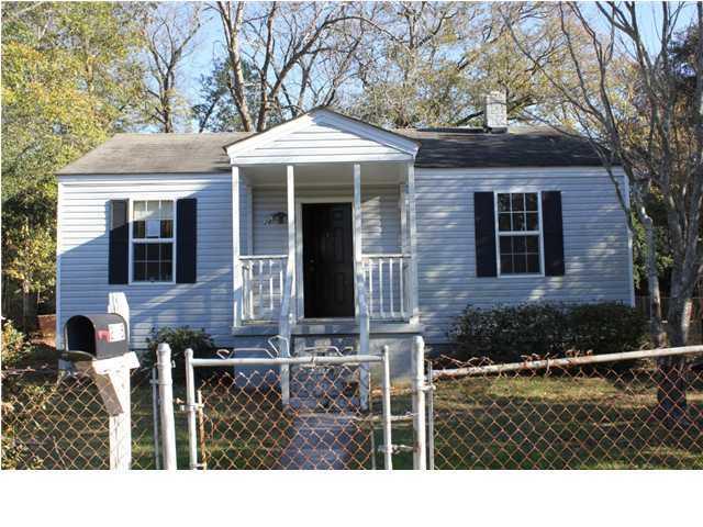 2665  Lawrence Drive North Charleston, SC 29405