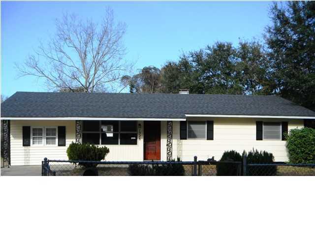 1528  Kirkless Abbey Drive Charleston, SC 29407