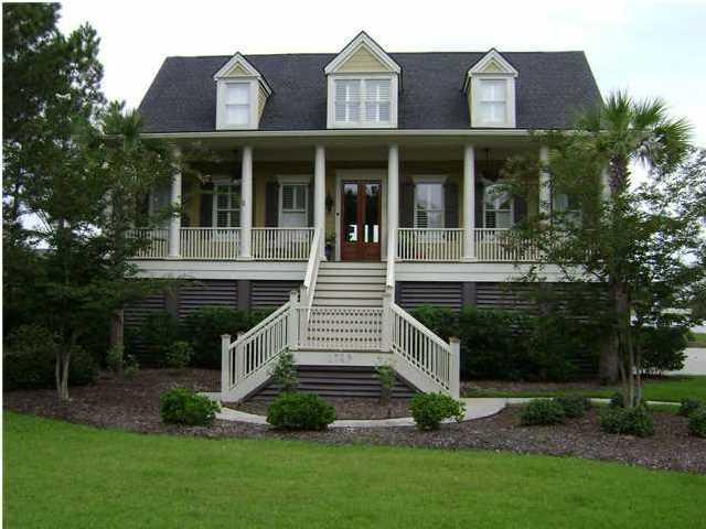 1749 Canyon Oaks Drive Mount Pleasant, SC 29464
