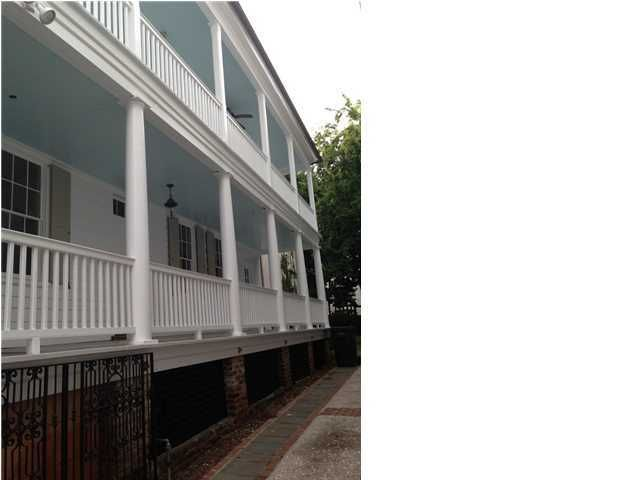 19  John Street Charleston, SC 29403