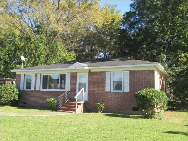 4 Eucalyptus Avenue North Charleston, SC 29420