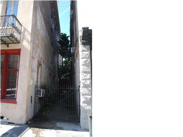 58  Broad Street Charleston, SC 29401