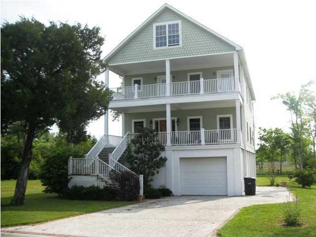 3095  Shore Drive Charleston, SC 29407