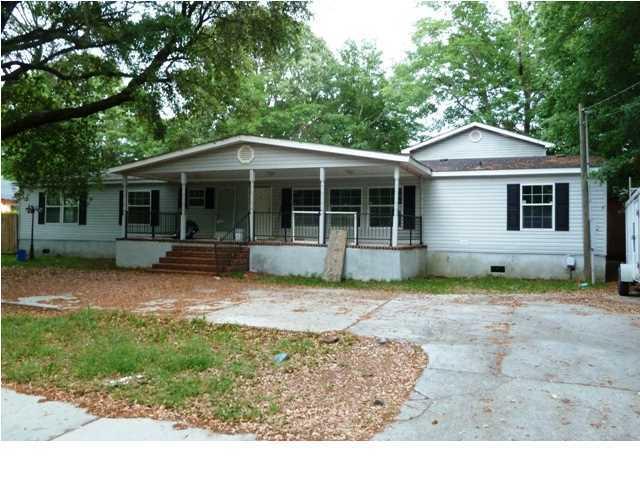 2571 Jonah Street North Charleston, SC 29406