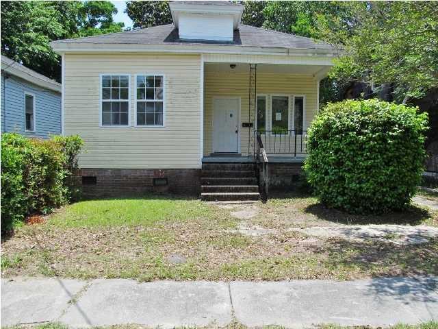 1811 Carlton Street North Charleston, SC 29405