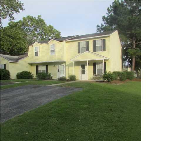 4727  Linfield Lane North Charleston, SC 29418